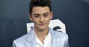 Noah Schnapp's Official Twitter Account Hacked, 'Stranger Things' Star Posts Concerning Tweets
