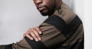 Jamie Foxx, Kamala Harris and More Stars Pay Tribute to Chadwick Boseman: 'What an Immense Talent'