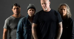 Metallica Rock Australia's Albums Chart With 'S&M2'