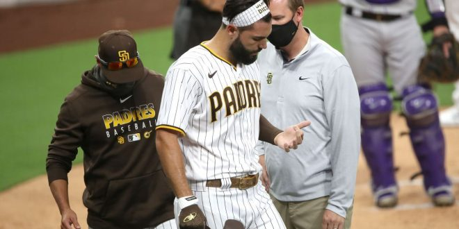 Padres' Eric Hosmer fractures index finger while bunting, could be out 2-6 weeks