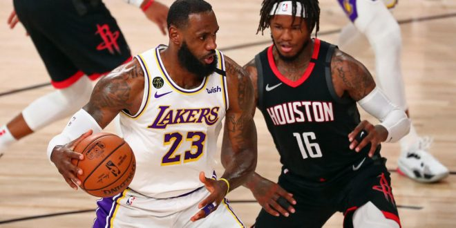 Lakers vs. Rockets score, takeaways: LeBron James gets L.A. started, 'Playoff Rondo' brings it home in Game 3