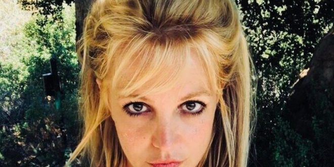 Britney Spears Posts Creepy Skull Baby Photo Amid 'Red' Campaign