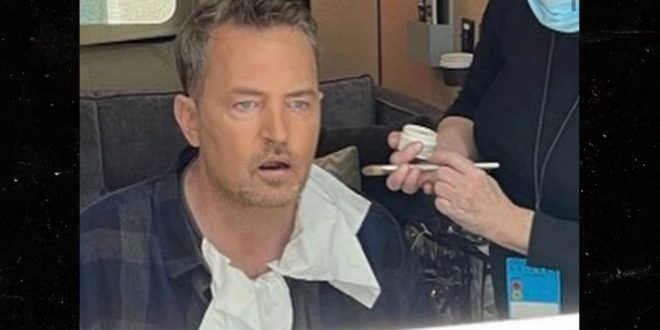 Matthew Perry Reveals 'Friends' Reunion Filming in Now-Deleted IG Pic