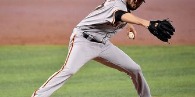 Giants only need one run to get past Marlins in 1-0 victory