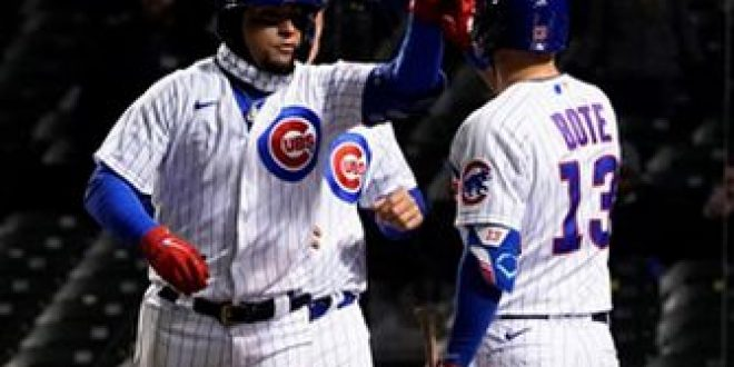 Javier Baez clubs grand slam, bats lefty in Cubs' 16-4 rout of Mets