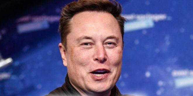 Elon Musk Confirmed to Be Hosting 'SNL' Alongside Miley Cyrus