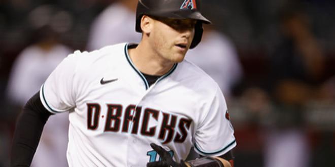 Carson Kelly crushes 438-foot, two-run home run in Diamondbacks' 5-1 win over Padres