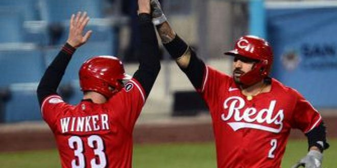 Jesse Winker goes 3-for-5 with two RBI and a homer as Reds edge Dodgers, 6-5