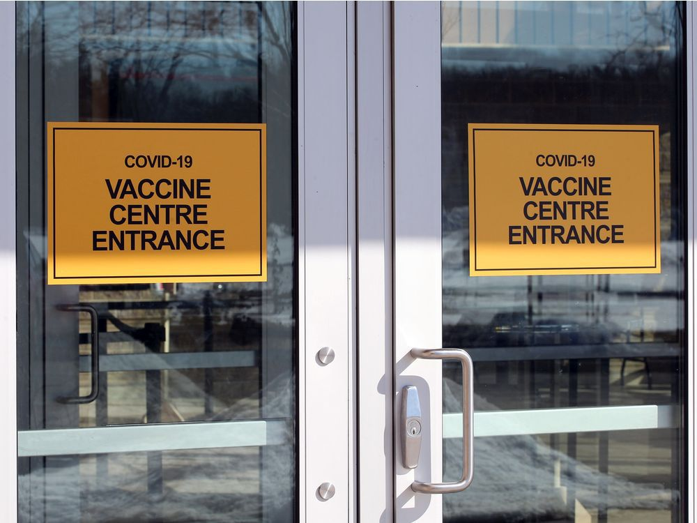 WINDSOR, ONTARIO. FEBRUARY 23, 2021.  Front doors of Vaccine Centre at St. Clair College's SportsPlex Tuesday February 23,2021. See story. ( Nick Brancaccio/Windsor Star)