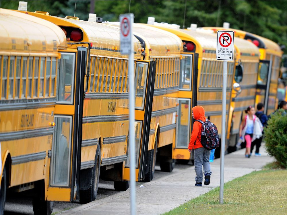 Nearly 2,600 electrically powered school buses will be operational in Quebec within the next three years.