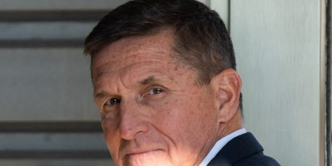 Michael Flynn Appears to Forget Pledge of Allegiance at Pro-Trump Rally