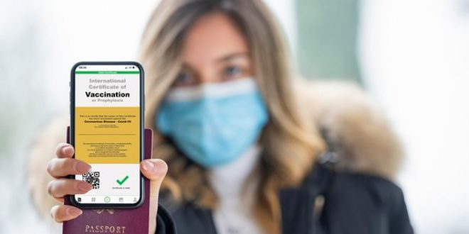 Holidaymakers to use NHS app to prove vaccine status