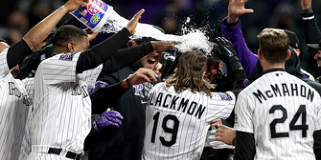 Rockies score six in the seventh to complete comeback and beat Giants, 8-6