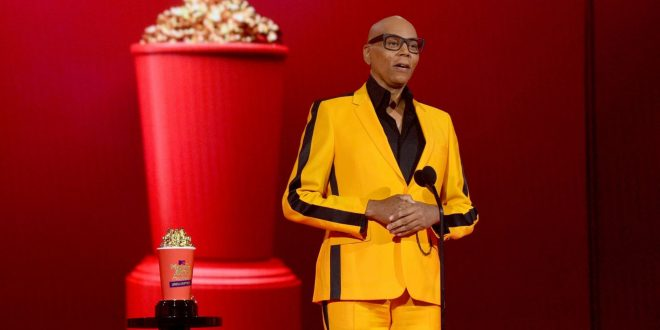 RuPaul, Unscripted's Best Host, Invites Cher To Drag Race