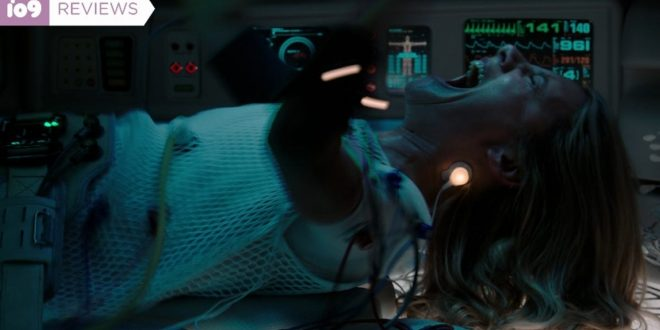 Oxygen Is a Claustrophobic Sci-Fi Thriller of Non-Stop Reveals