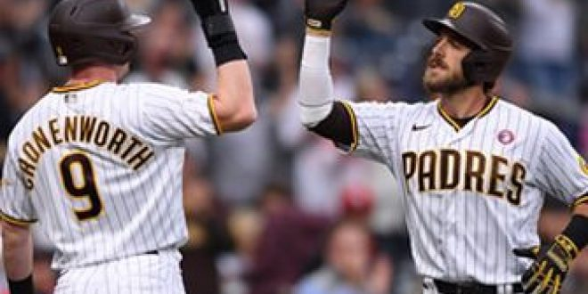Padres ride three homers to 13-3 blowout win over Cardinals
