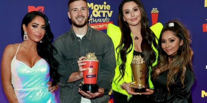 Jersey Shore: Family Vacation Wins At First-Ever MTV Movie & TV Awards: Unscripted