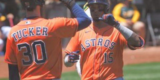 Martin Maldonado belts two-run home run in Astros 8-4 win over Athletics