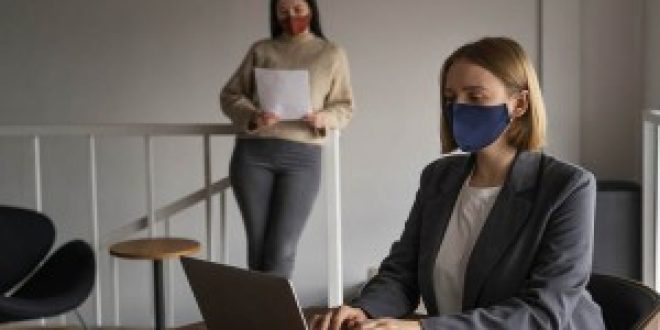 New state workplace masking guidelines help employers, workers adapt to new CDC recommendations