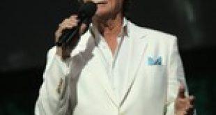 B.J. Thomas' Biggest Billboard Hits: 'Raindrops Keep Fallin' on My Head' & More