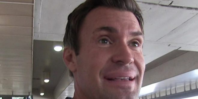 'Flipping Out' Star Jeff Lewis Says Eyelid Surgery Recovery is Going Well