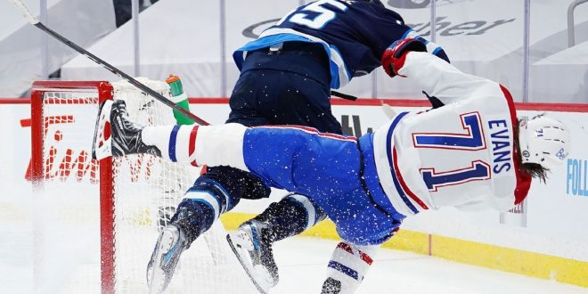 Habs' Evans stretchered off after 'disgusting' hit
