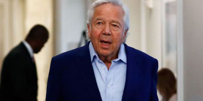 Pats owner Kraft gifted Bentley for 80th birthday
