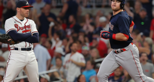 Christian Arroyo crushes grand slam lifting Red Sox past Braves, 10-8