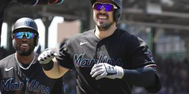 Adam Duvall tags Cubs for two more homers in Marlins' 11-1 rout