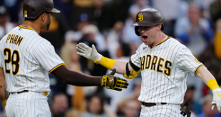 Jake Cronenworth stays hot with another two-run homer, Padres hold on for 3-2 win over Dodgers