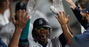 Shed Long Jr. clubs go-ahead homer in eighth inning to give Mariners 2-1 win over Rockies