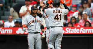 Wilmer Flores and Mauricio Dubon power Giants to 5-0 win over Angels