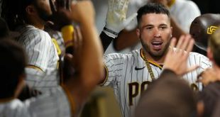 Victor Caratini's sac fly in the eighth inning helps Padres sweep Dodgers, win 5-3