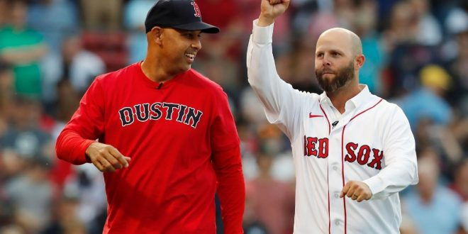 Red Sox past, present honor beloved Pedroia