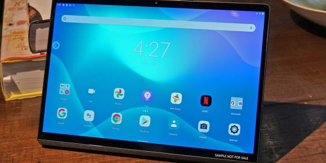 Lenovo Reveals an Android Tablet That Doubles as a Portable Monitor