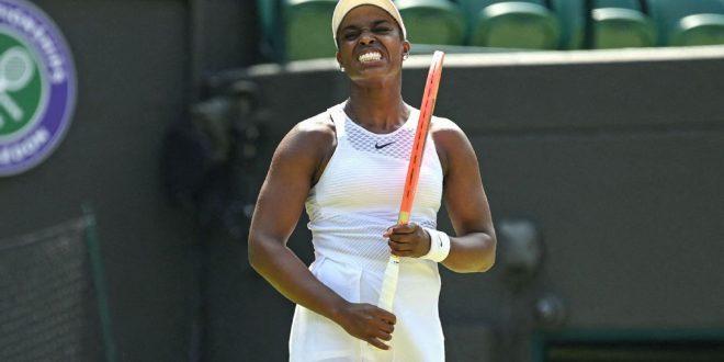 Stephens suffers third-round defeat at Wimbledon