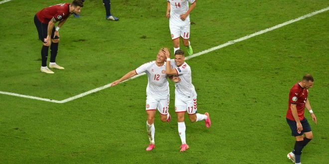 Denmark tops Czech Republic to advance to Euros semis