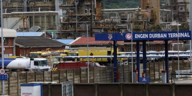 Fuel refinery confirms shutdown amid ongoing violence in KZN and Gauteng