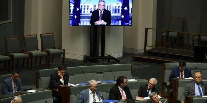 Federal parliament sits despite lockdowns