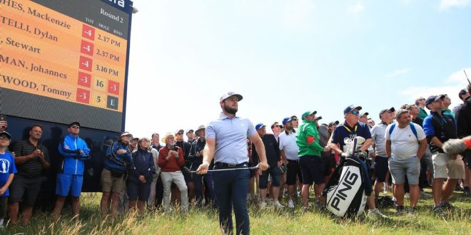 Tyrrell Hatton flipped the bird, snapped a club and was generally unhappy at The Open
