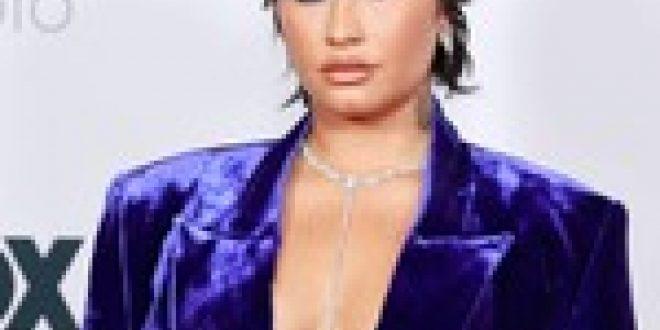 Demi Lovato Celebrates 'Random Burst of Body Confidence' After Filming First Sex Scene