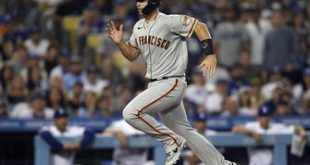 Giants ride four-run seventh inning to top Dodgers, 7-2