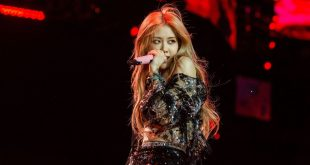 Blackpink's Rosé Beautifully Covers Alicia Keys's 'If I Ain't Got You' With Some Help