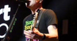 Mark Hoppus' 'Cancer Is Disappearing,' Says Former Blink-182 Bandmate Tom DeLonge
