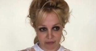 Britney Spears Says She Locked Herself in Bathroom
